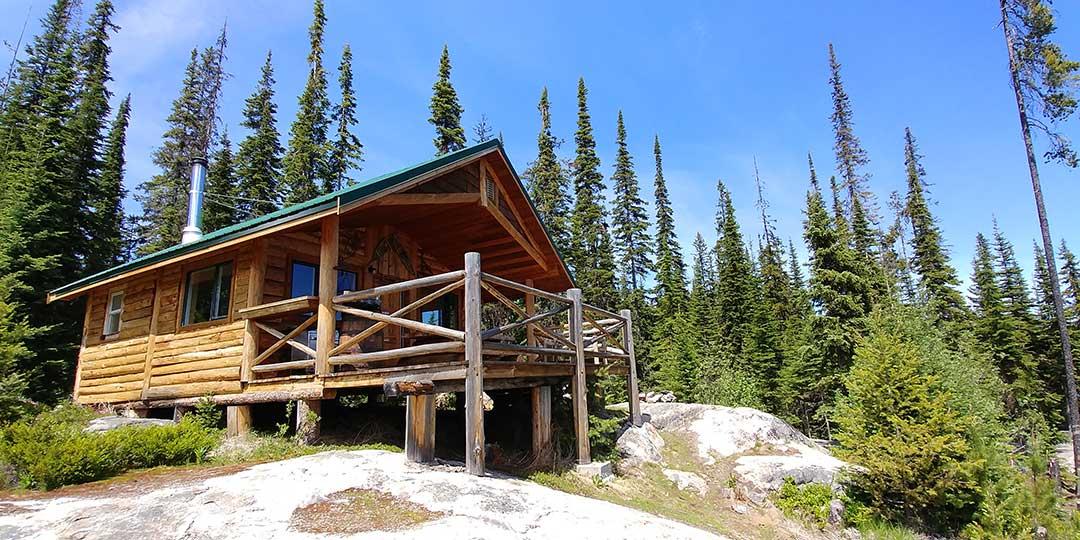 Oyama Lake Eco Lodge